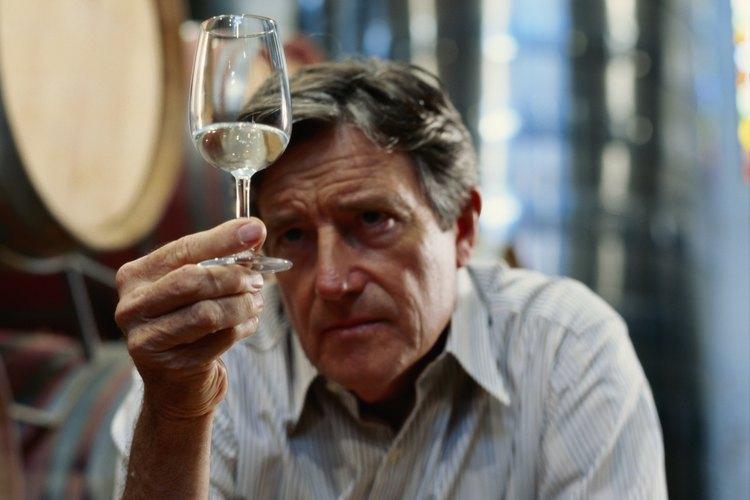 Para hacer vino debes protegerlo del oxigeno.