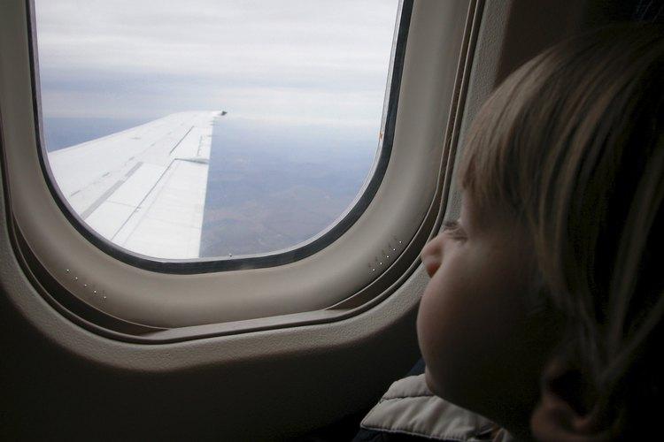 Los niños deben de tener al menos 5 años para viajar solos.