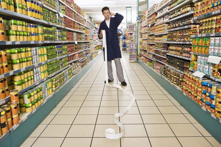 Al comprar productos de primera necesidad evitas las corridas nocturnas a la tienda y la escasez de artículos de uso cotidiano.