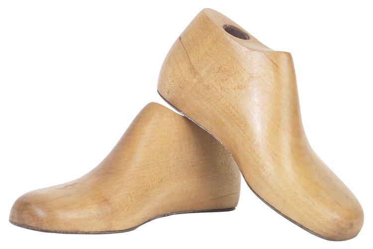 Moldes de madera para la fabricación tradicional de zapatos
