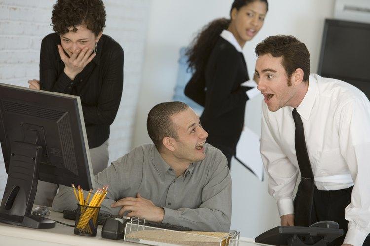 Las nuevas tecnologías en los negocios inciden en la necesidad de ajustar los códigos de ética.