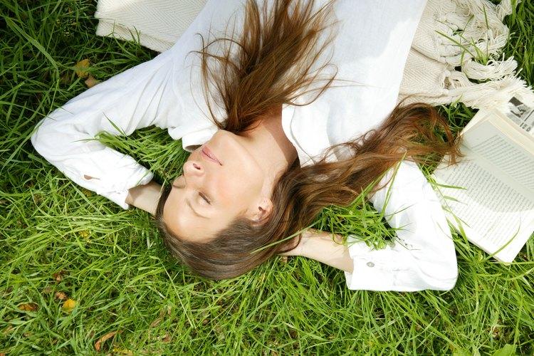 La decoloración queda mejor en el cabello saludable y límpio.