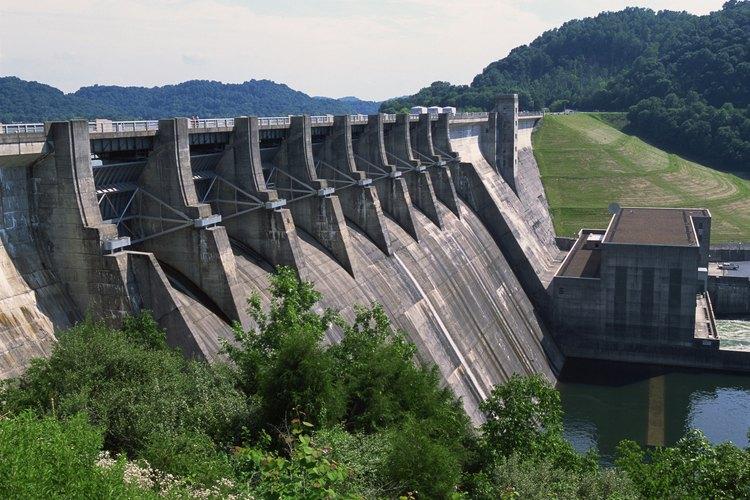 Las represas se pueden usar para generar energía hidroeléctrica.