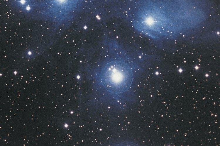 Las emisiones de rayos X le dan a los astrónomos información detallada sobre cada estrella.