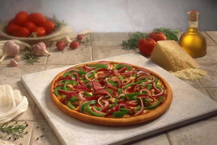 El gres, como en una piedra para pizza, soporta altas temperaturas.