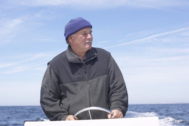 Los dueños de barcos pesqueros en Alaska se quedan con aproximadamente un 50% de los ingresos de la industria.