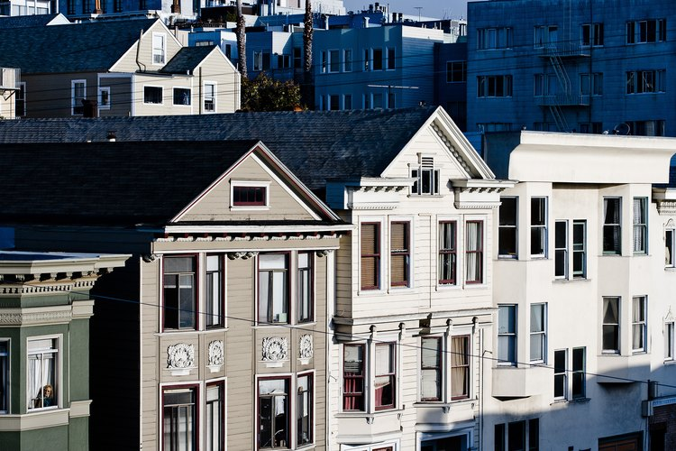 A las casas más viejas a menudo le faltan aislamiento.