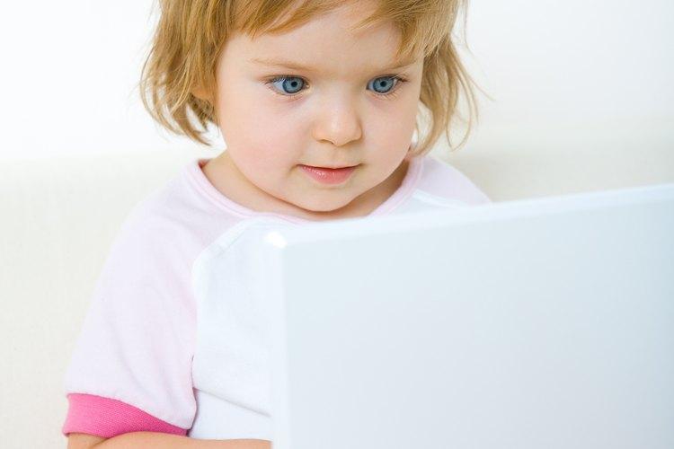 Ayudar a tu hijo pequeño a que se independice le permitirá ser un niño más seguro de sí mismo.