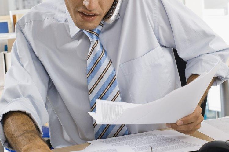 Cómo escribir una carta de renuncia debido a una emergencia familiar.
