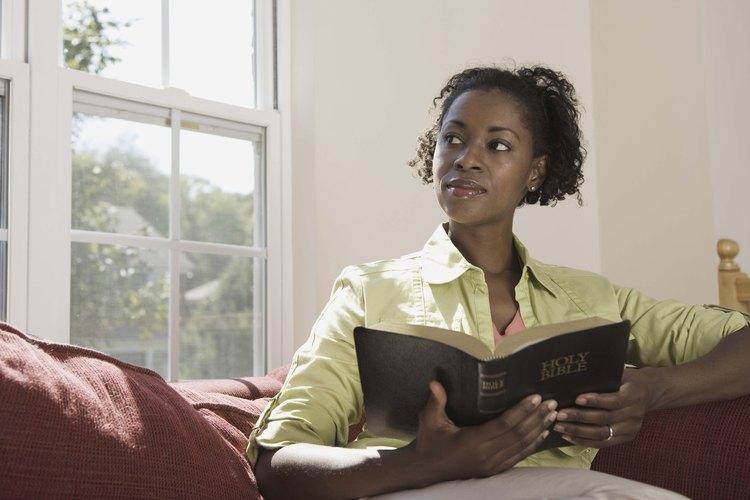 Las historias de las mujeres de la Biblia enseñan a sus seguidores a vivir una vida centrada en Dios.