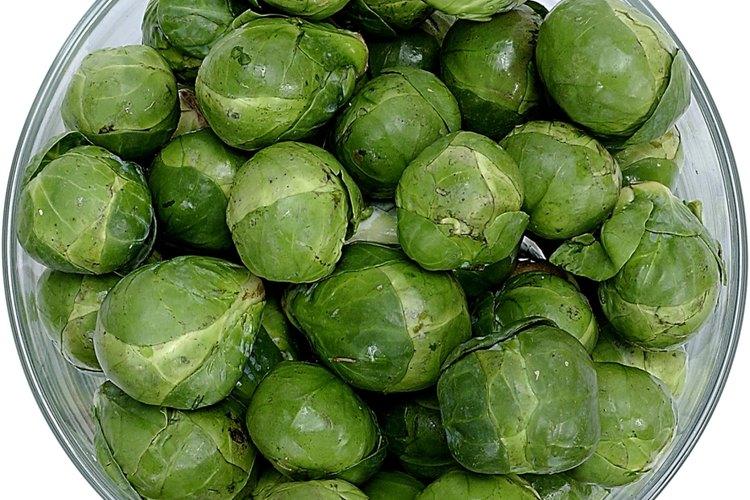 La concentración del sabor amargo se encuentra en los tallos y las porciones centrales de las coles de Bruselas.