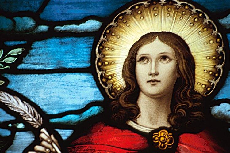 La fe, la esperanza  el amor son las tres virtudes teologales.