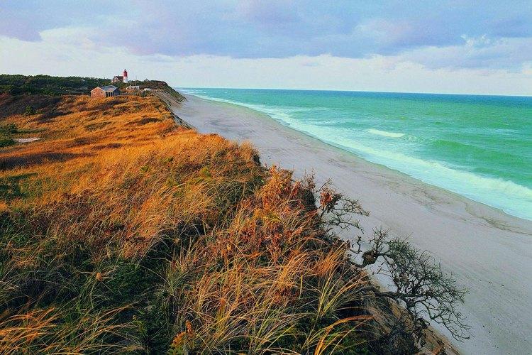La playa de Cape Cod, Massachusetts, es una muestra de la costa en las colonias de Nueva Inglaterra.