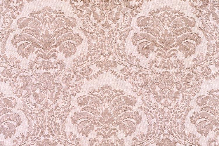 Puedes hacer pegamento casero para papel tapiz en minutos usando elementos comunes de la casa.
