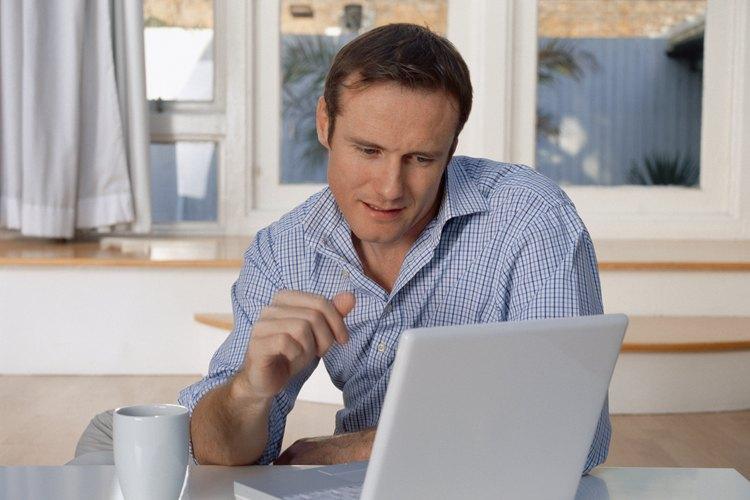 Investiga el sitio web de la compañía antes de la entrevista.