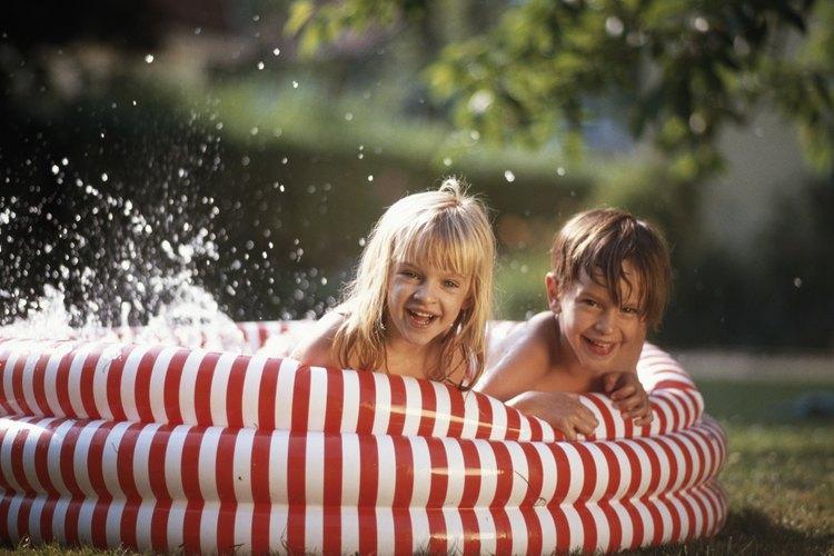Los limpiadores no deben disminuir la vida útil de tu piscina para niños.