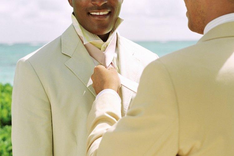 Casual. Elige un traje de lino en color ... 429f5001d8ec