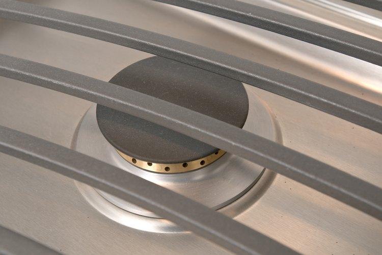 Mantén los quemadores de acero en buenas condiciones con una limpieza y aceitada regulares.