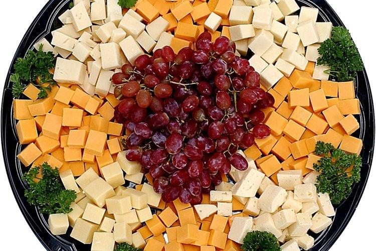 Bandejas de frutas o quesos.