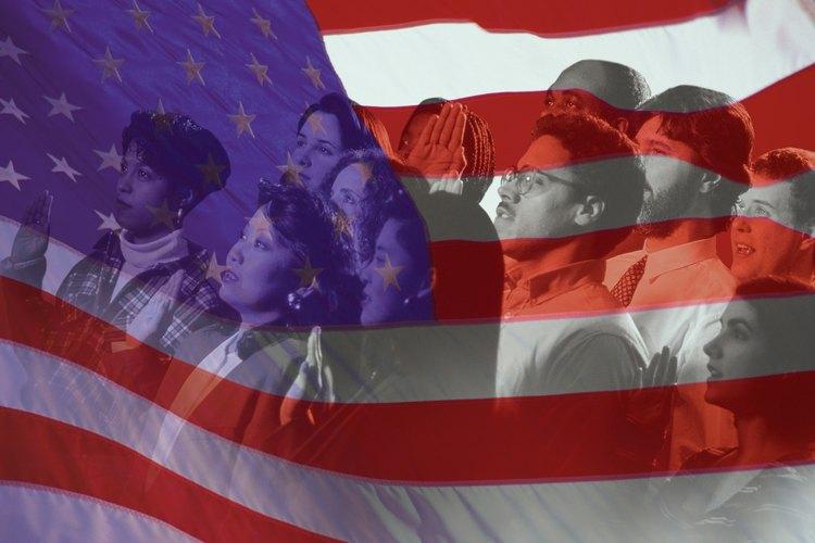 Después de pasar tu entrevista de naturalización, realizarás tu juramento de ciudadanía.