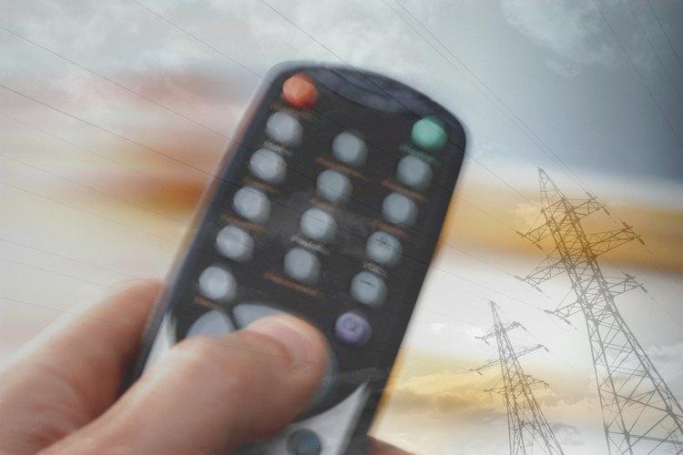 Si se produce un conflicto, sólo tienes que restablecer la configuración del interruptor DIP para las unidades del ventilador de techo y de su control remoto.