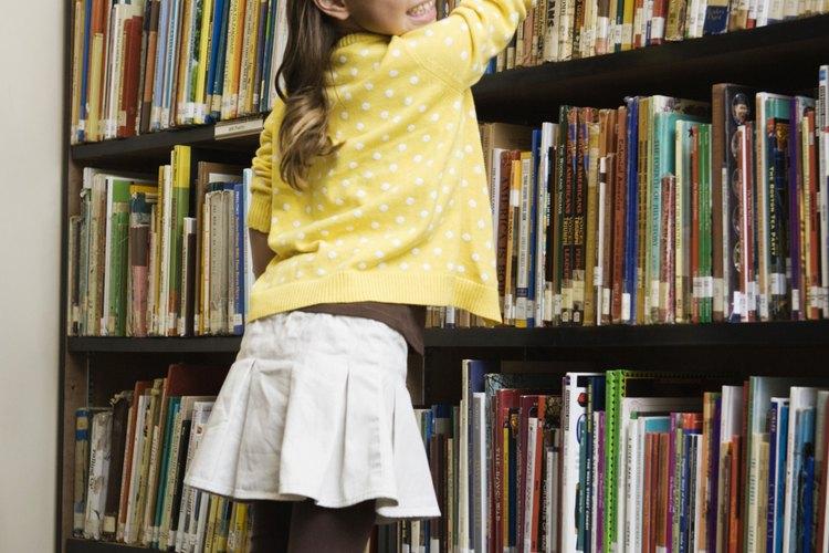 Haz que los estudiantes definan habilidades comunes, tal como encontrar un libro en la biblioteca.