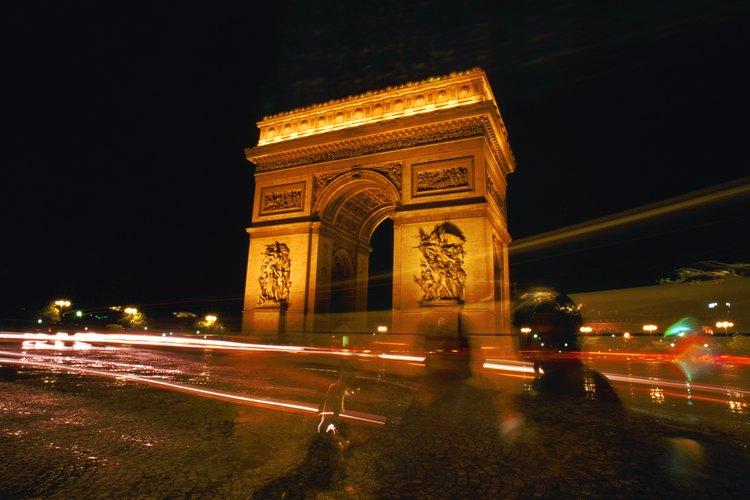 La Ciudad de la Luz se exhibe ante los visitantes en diciembre.