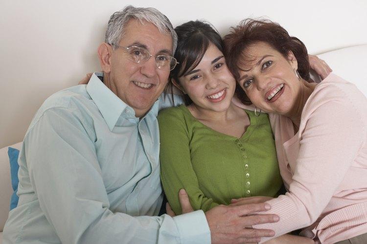 Más adolescentes que nunca ahora viven con los abuelos.