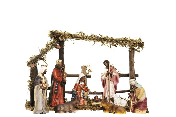 El nacimiento de Cristo es anunciado en el Antiguo Testamento y su cumplimiento se muestra en el Nuevo.