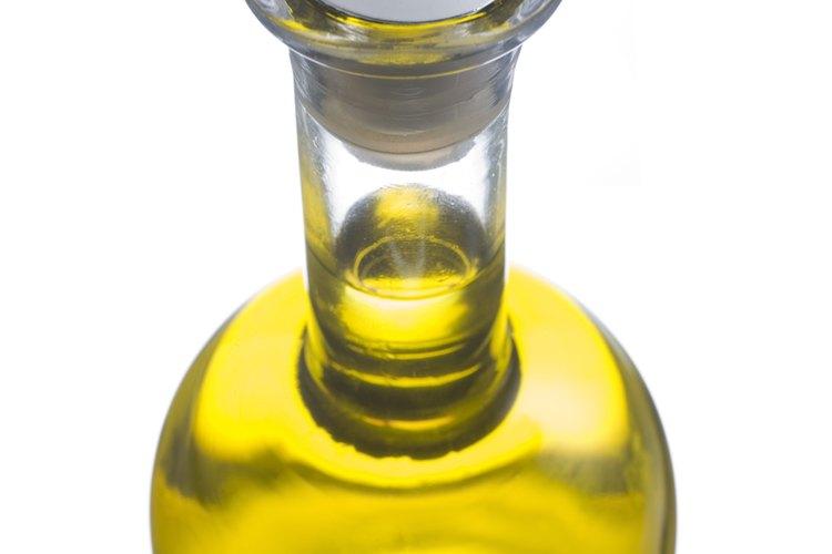 El aceite de oliva es la base de los óleos sagrados o sacramentales.