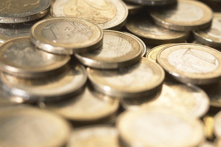 El dólar Paz, tiene la Estatua de la Libertad en su reverso.