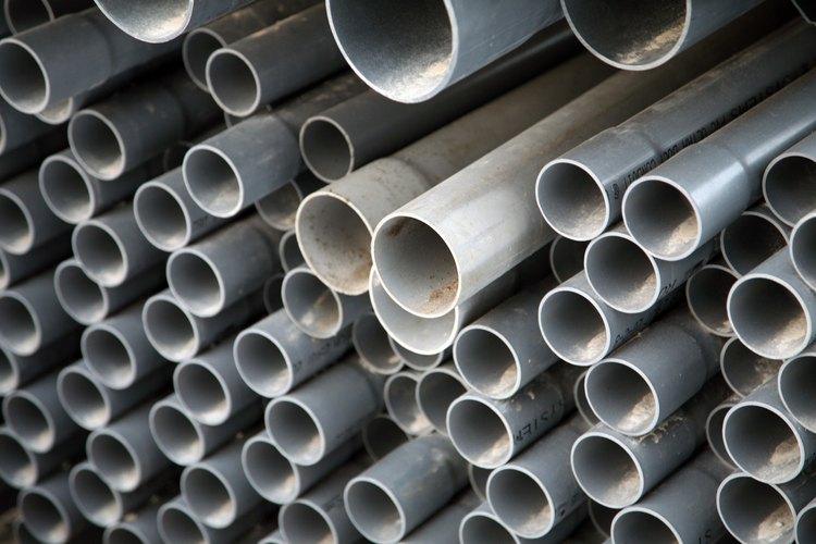 Tubos de PVC más grandes se utilizan en las líneas de alcantarillado domésticas.