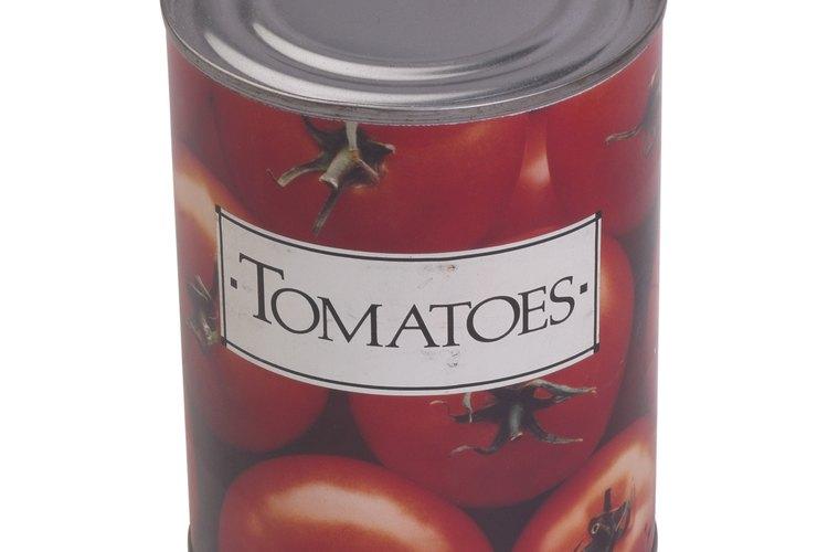 Los envases de alimentos que contienen una fecha de caducidad deben incluir el día, el mes y el año.