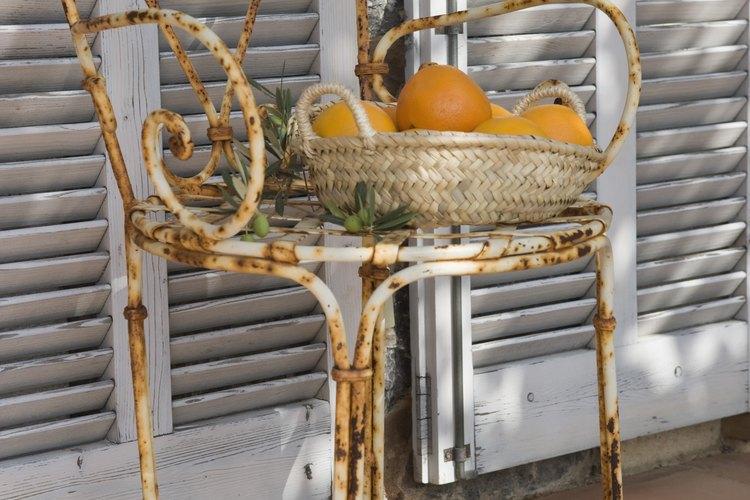 Elimina el óxido de los muebles antiguos.