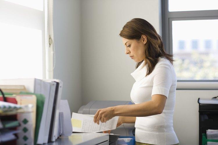 Las empresas grandes en su mayoría cuentan con un formulario descargable en su página web.
