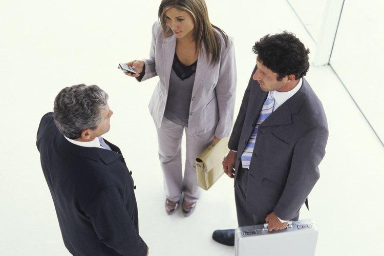 El estudio de la comunicaciones en la organizaciones analiza la comunicación formal e informal.