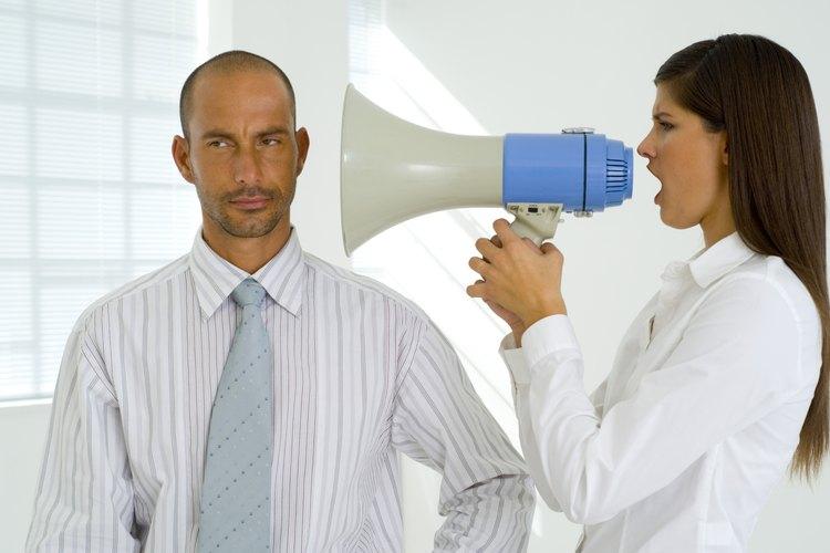 Cómo evitar que tu jefe te intimide.