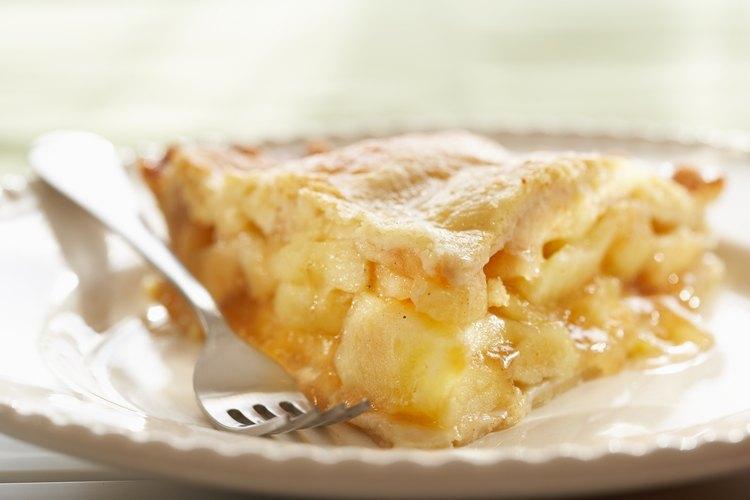 Pedazo de pastel de manzana.