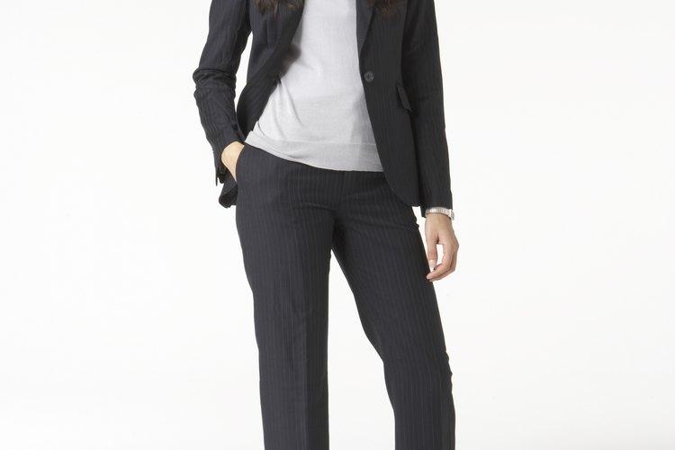 Consejos sobre ropa para mujeres altas.