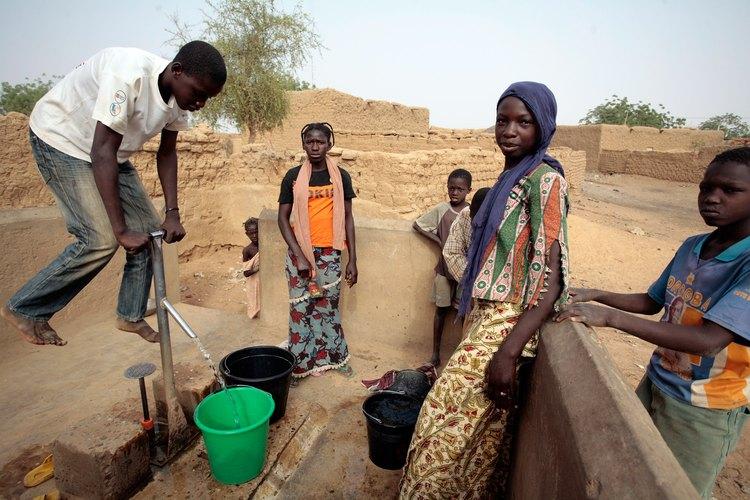 El suministro de agua sigue siendo un desafío para los países más pobres del mundo.