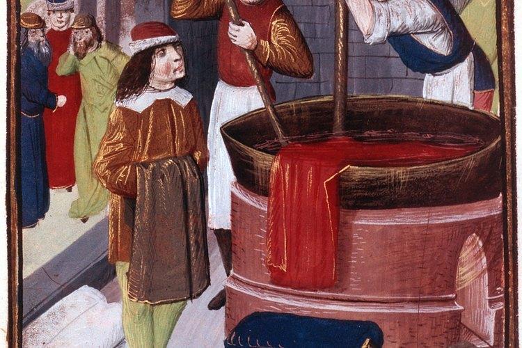 La tintura de telas tiene una rica historia que es anterior al registro escrito.