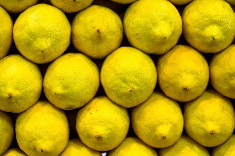 Los limones tienen propiedades de blanqueamiento naturales.