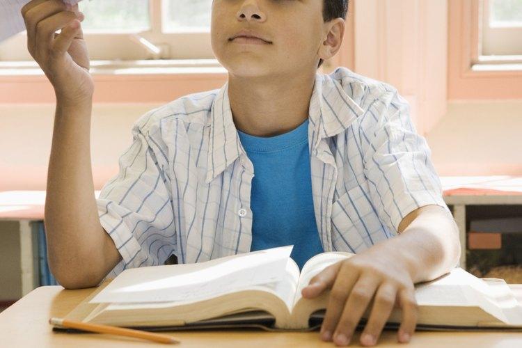 Las opciones dentro de los límites ayudan a los varones adolescentes con los problemas de conducta.