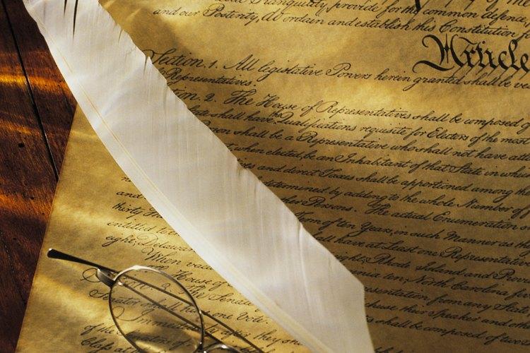 La Constitución establece sus seis objetivos en el Preámbulo.