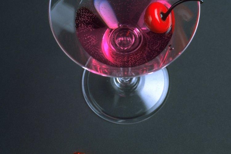Decide si quieres que tu martini esté adornado con un toque.