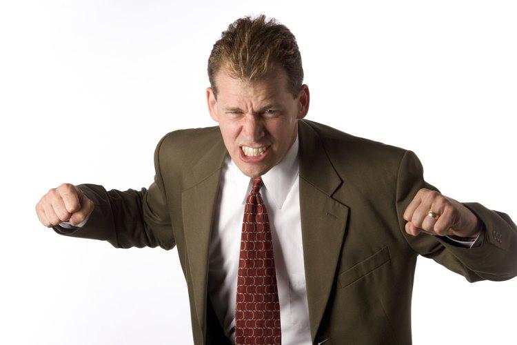 La agresión puede ser perjudicial física y socialmente.
