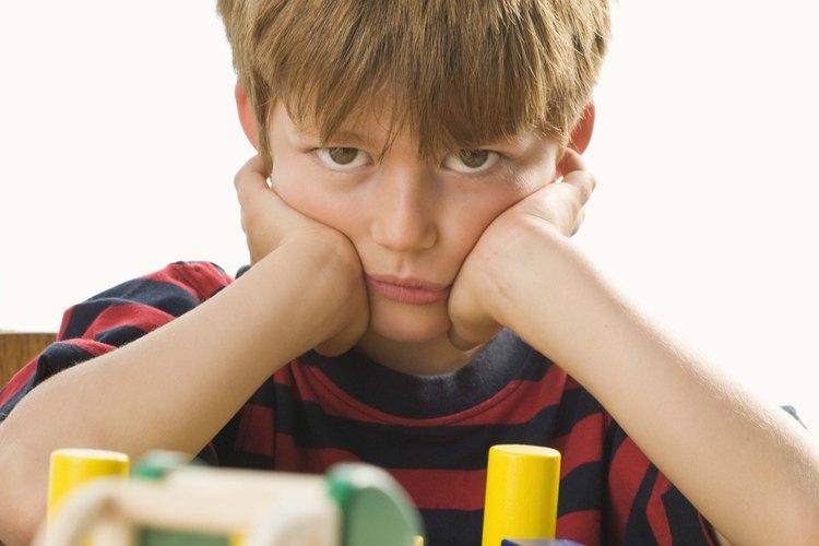 Las metas basadas en el comportamiento pueden ayudarte a motivar el comportamiento positivo en tu hijo. ayudarte