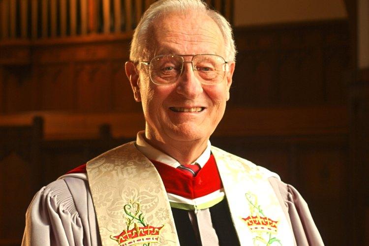 Un ministro protestante tal vez use una estola dorada en Navidad o Pascua.