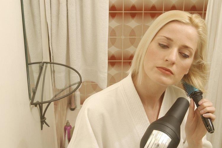 Seca tu cabello activamente, no de forma perezosa.