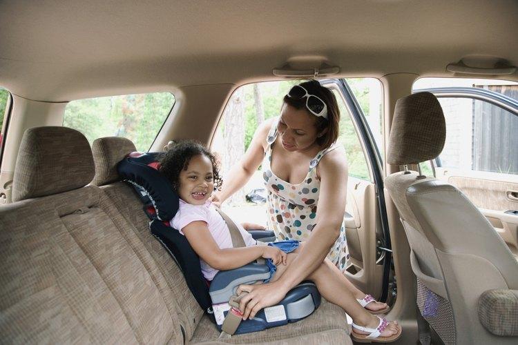 Boosters con respaldos ofrecen una mejor protección de la cabeza y el cuello para los niños.